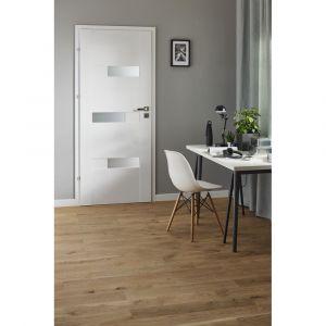 Drzwi z kolekcji Tesero w białym kolorze. Dostępne w sklepie Castorama. Cena: 488 zł. Fot. Castorama