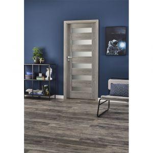 Drzwi z kolekcji Trame w kolorze dąb elegancja. Dostępne w sklepie Castorama. Cena: 378 zł. Fot. Castorama