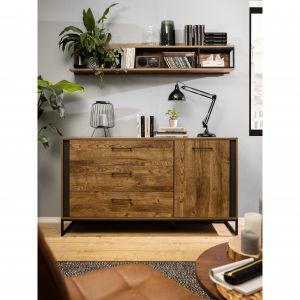 Meble do salon z kolekcja Luton są proste i oszczędne w formie. Fot. Black Red White
