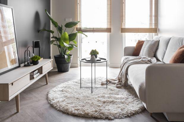 Projektując mieszkanie dla siebie, wybieramy rozwiązania, które spełnią nasze oczekiwania. Jak jednak zaplanować mieszkanie pod wynajem? Takie wnętrze to wyzwanie dla architektów, którzy muszą połączyć ograniczenia wnętrza z uniwersalności�