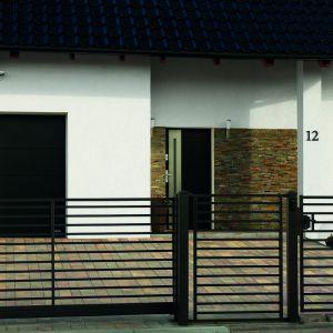 Ogrodzenie domu: model Turkus. Plast-Met Systemy Ogrodzeniowe