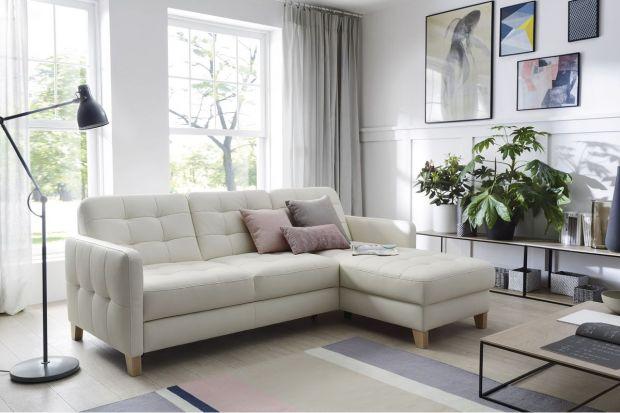 Jaką sofę wybrać do małego salonu? Szukasz pomysłów? A może ciekawych produktów? Zobacz sofy i narożniki dostępne w polskich sklepach.<br /><br /><br />