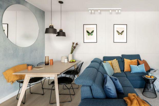 Niebieski, zielony, czerwony, żółty. Jaki kolor wybrać do salonu? Kolorowe mają być ściany, czy tylko dodatki? Szukasz inspiracji? Zobacz świetne pomysły na kolor w salonie.