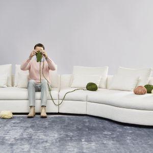Sofa Bergamo będzie stanowiła silny akcent w każdym pokoju. Fot. BoConcept