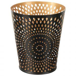 Metalowy świecznik ze złotym wnętrzem. Wymairy: 10x11,5 cm. Cena: 12,99 zł. Fot. KIK