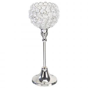 Świecznik z kryształowego szkła z metalową podstawą. Cena: 34,99 zł. Fot. KIK