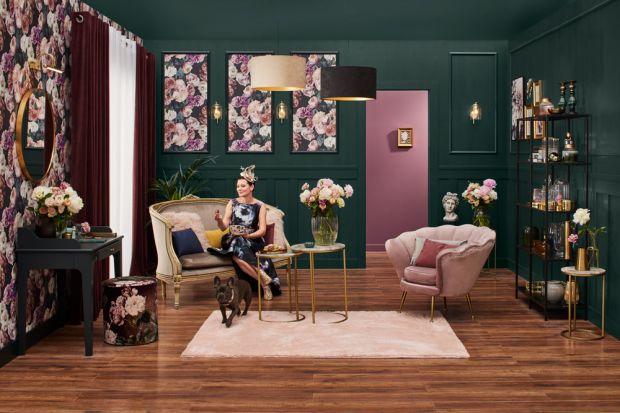 Poduszki, zasłony, dywan. Odpowiednio dobrane dodatki potrafią zmienić każde wnętrze. Na jakie dekoracje postawić tej jesieni? Projektanci Castoramyproponują inspiracje naturą, mocne kolory oraz nietuzinkowe wzory.