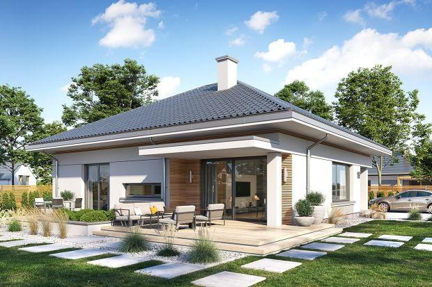 Ten dom to idealna propozycja dla4-5-osobowej rodziny.Mimo prostej formy ma ciekawą, nowoczesną architekturę. Niewielka powierzchnia użytkowa zapewnia bardzo wygodny układ wnętrza. Można go też zbudować na małej działce.<br /><br