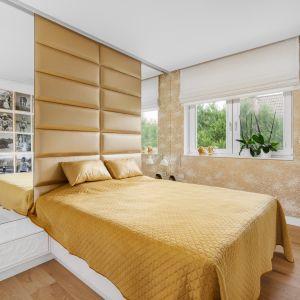 Спальня светлая и просторная.  Проект: Дариуш Грабовски, Dagar Studio.  Фото  Матеуш Павельский