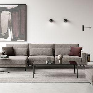 Pierwszym krokiem umożliwiającym rozświetlenie salonu jest dobór odpowiedniej kolorystyki. Na zdjęciu: narożnik z kolekcji  Eliz. Fot. IWC Home/Galeria Wnętrz Domar