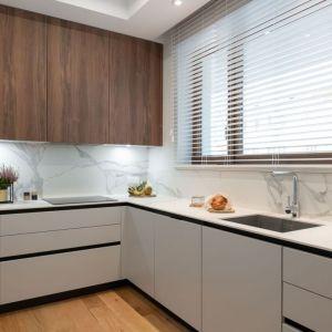 Ciąg roboczy dotyczy każdej kuchni, niezależnie od jej metrażu. Projekt i zdjęcie: KODO Projekty i Realizacje Wnętrz