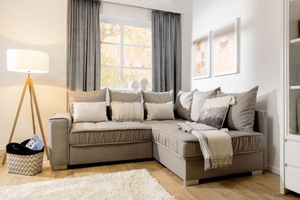 Sofa do małego salonu powinna być wygodna i ładna. Jaki zatem model wybrać? Który kolor będzie najlepszy? Zobacz nasz przegląd. Znajdziesz w nim 15 sof i narożników z polskich sklepów.