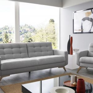 Sofa do małego salonu z kolekcji Fiord. Dostępna w ofercie firmy Sweet Sit. Fot. Sweet Sit