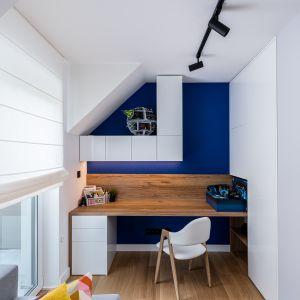 В детских комнатах появляются более яркие цвета.  Меньше черного и больше темно-синего или морского цвета.  Дизайн: Агнешка Тарнавска, Студия дизайна Tarna.  Фото  Кароль Клешик, Promo Focus