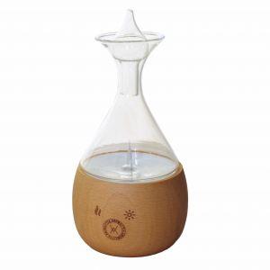 Aromadyfuzor Lampa Alladyna wykonane z naturalnego drewna oraz szkła. Cena: 399 zł. Fot. ViaAroma