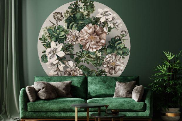 Tapeta na ścianie potrafi odmienić każdego wnętrze. Zobaczcie jakie wzory są obecnie modne!