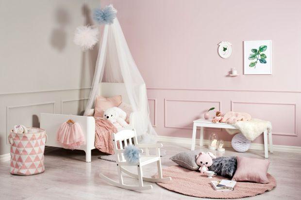 Urządzają pokój dla dziewczynki warto sięgnąć po kolor różowy. Ma on wieleprzeróżnych odcieni, które sprawią, że wnętrze będzie wyglądało pięknie, efektownie, ale i praktycznie.<br /><br />