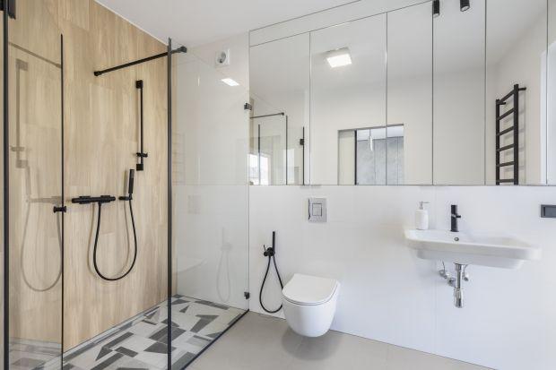 Łazienka dziś to nie tylko miejsce zabiegów higienicznych, ale również pomieszczenie sprzyjające relaksowi i wypoczynkowi. Zastanów się nad swoimi potrzebami i porównaj je z tym, co proponują producenci. Weź również pod uwagę gabaryty swojej
